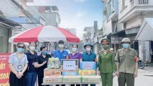 Trường Tiểu học Vân Canh ủng hộ công tác chống dịch 2021