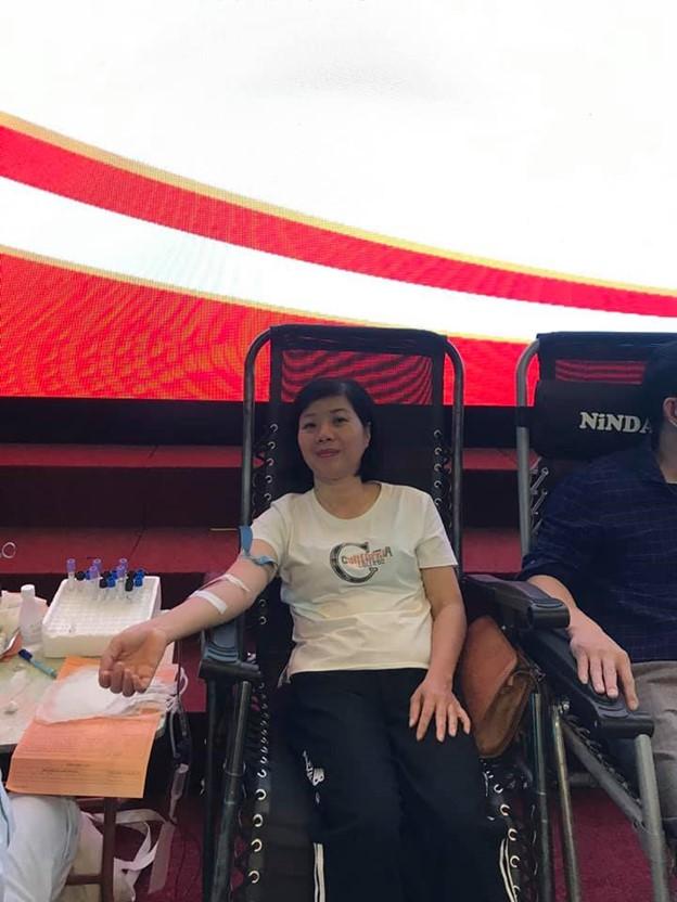 Công đoàn trường hiến máu tình nguyện năm 2021